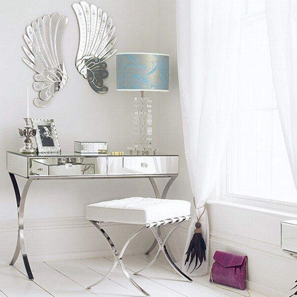 . Mirrored Furniture   Think It Will Ever Get Old    Freshome com