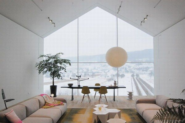 Vitrahaus Interior Design Or How To Make The Best Of a Showroom