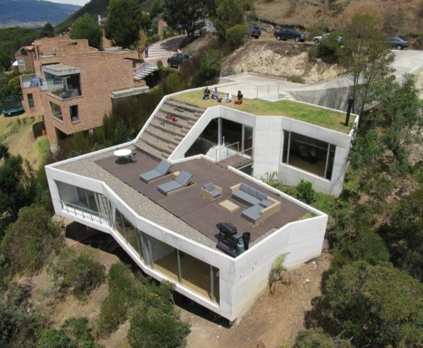 V House, Geometry and Fabulous Architecture Near Bogota