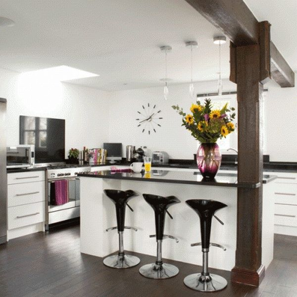 1idealhomemagazine 450x450 Cool Ideas For a Kitchen Bar, A Fun Interior Makeover