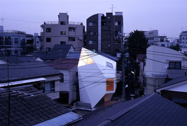 Reflection of Mineral Tokyo 2006 by Atelier tekuto Amazing Home Breaking Architecture Rules in Tokyos Center