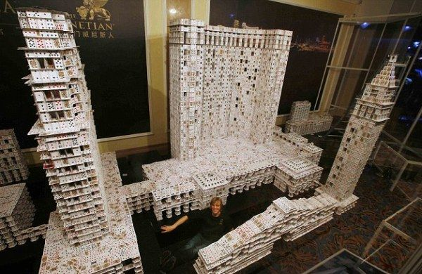 World's Largest Architecture Project Built From Playing Cards