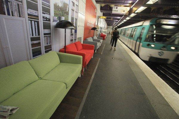 IKEA Subway Display in Paris : An Insane Idea or A Genius Promotion Campaign?