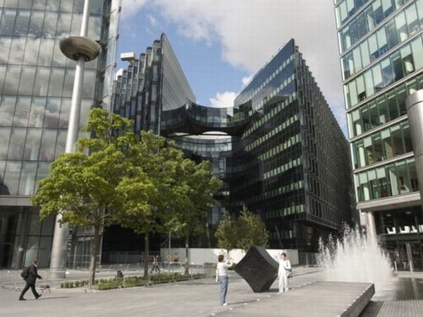 PwC 7 More New Pricewaterhouse Coopers Green Office Building in London