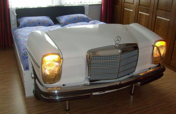 mercedes bed Bedroom Idea : Bed Made from an Old Mercedes