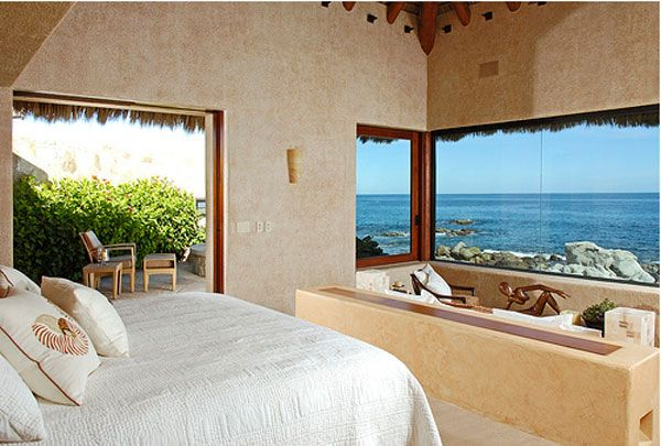 amazing morning bedroom view 23 Amazing Bedrooms with a Panoramic View of the Ocean