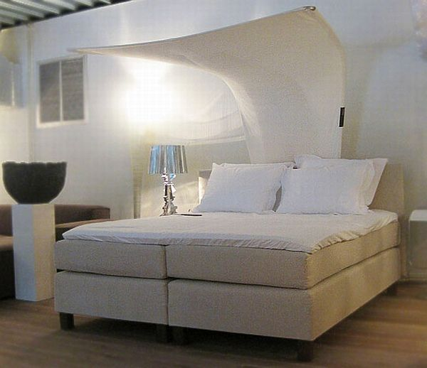 Cool Bedrooms For Girls Japanese Decorating Ideas Bedroom Zebra Bedroom Ideas Master Bedroom Interior Images: Elegant Canopy Bed With Ventilation System
