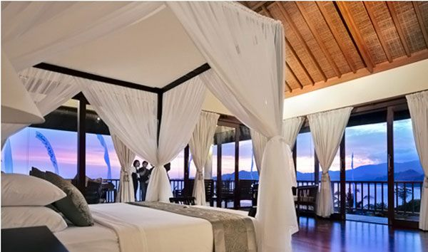 23 Amazing Bedrooms With A Panoramic View Of The Ocean Freshome Com