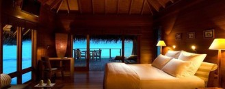 23 Amazing Bedrooms with a Panoramic View of the Ocean