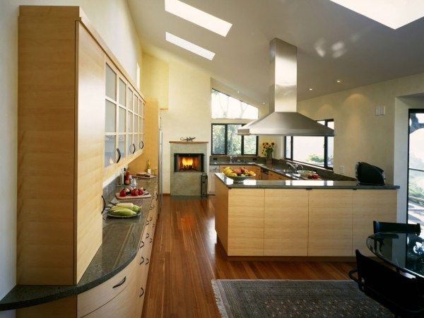 The modern kitchen designs makes the heart of home