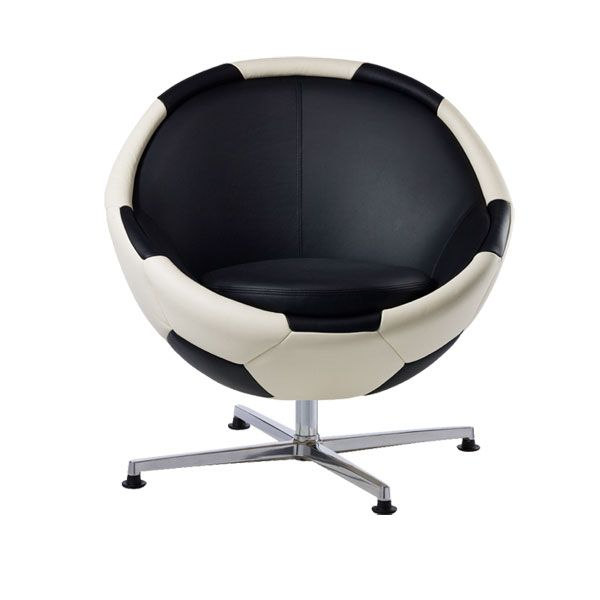 fotball chair2 Leather Soccer Armchair by Paolo Lillus for all World Cup Fans