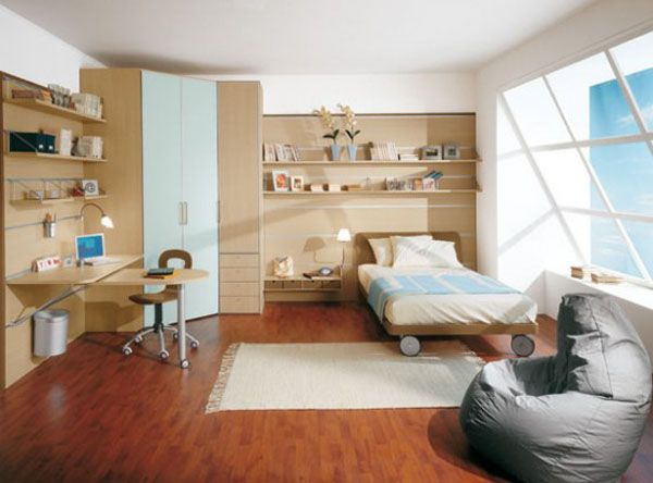 happy kids bedroom 554x41011 25 Room Designs for Teenage Boys