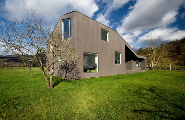 zig zag architecture Ingenious Low Budget Family Home in Spain