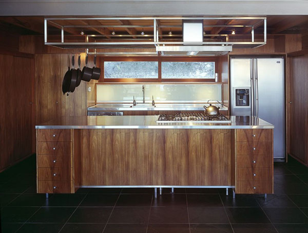 kitchen Mountain Home with Increased Comfort in Australia