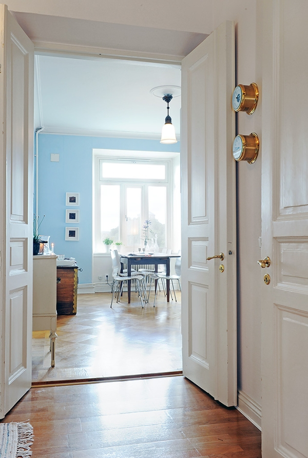 image 008 Bright and Spacious Apartment in Sweden