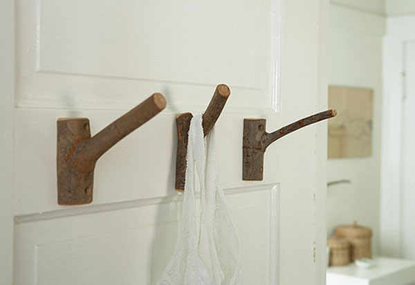 image H 3 Original Decorating Wooden Hooks For Rustic Interiors