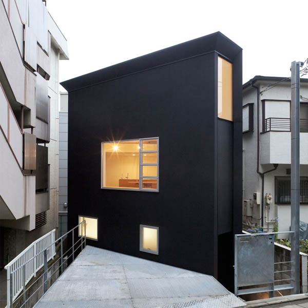 ohhouse01 Space Maximization in Japan: OH House by Atelier Tekuto