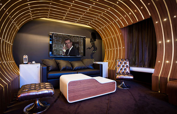 01a Hotel Le Seven, Bringing Together Exquisite Design and Famous Movie Themes