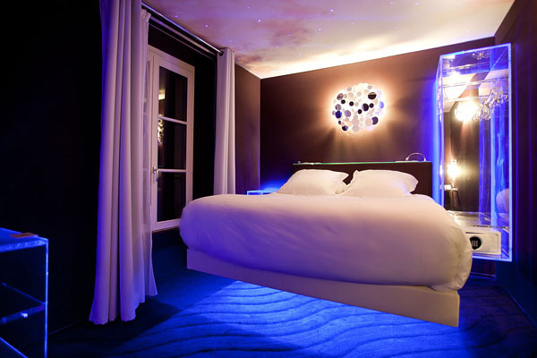 07 002 Hotel Le Seven, Bringing Together Exquisite Design and Famous Movie Themes