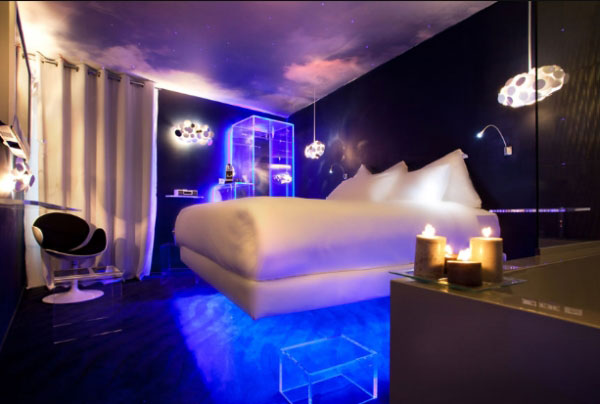 07 0021 Hotel Le Seven, Bringing Together Exquisite Design and Famous Movie Themes