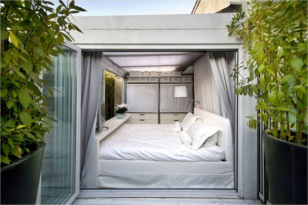 0futuristic apartment233211 Thinking Outside the Square: The Ruiz Maasburg Penthouse in Madrid