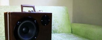 Gorgeous Suitcases with Speakers to Style Up your Home