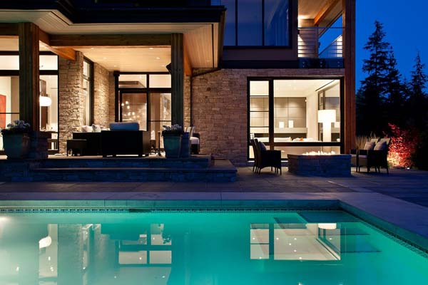 Luxury Property in Whistler 10 Luxurious Mountain View Villa in British Columbia