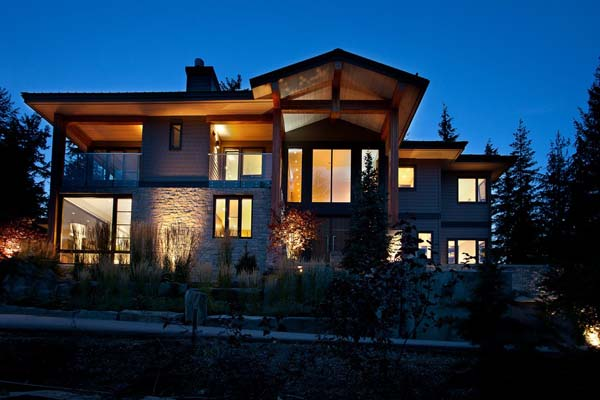 Luxury Property in Whistler 12 Luxurious Mountain View Villa in British Columbia