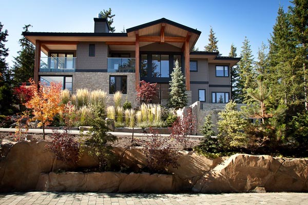 Luxury Property in Whistler 15 Luxurious Mountain View Villa in British Columbia