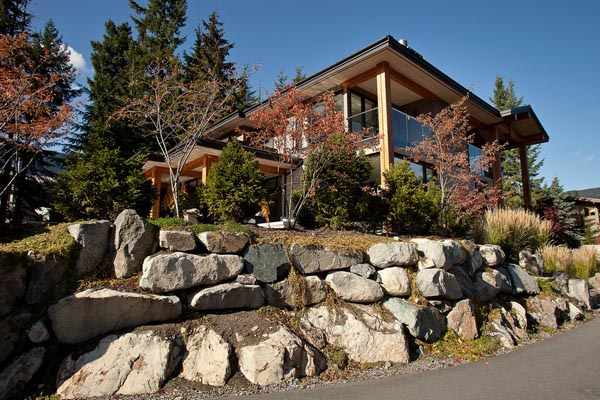 Luxury Property in Whistler 16 Luxurious Mountain View Villa in British Columbia