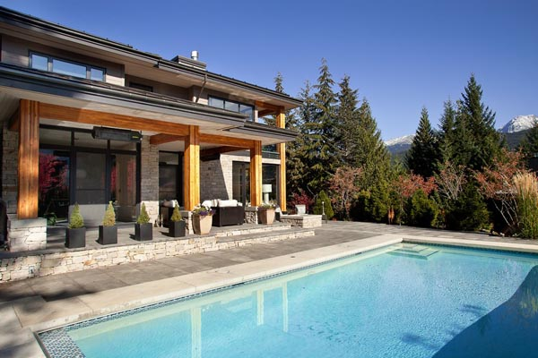 Luxury Property in Whistler 17 Luxurious Mountain View Villa in British Columbia