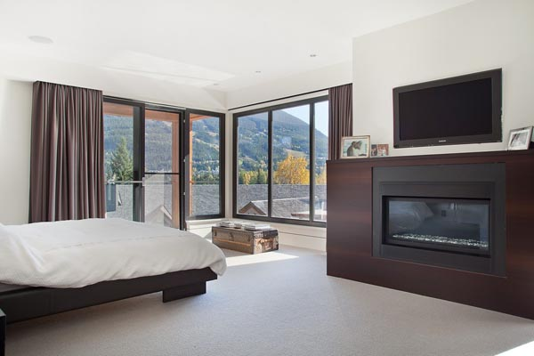 Luxury Property in Whistler 27 Luxurious Mountain View Villa in British Columbia