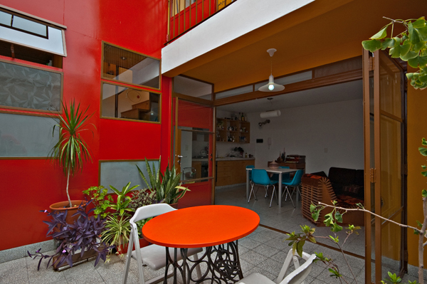 Min House 3 Uncommon Home Built with Local Market Materials in Buenos Aires