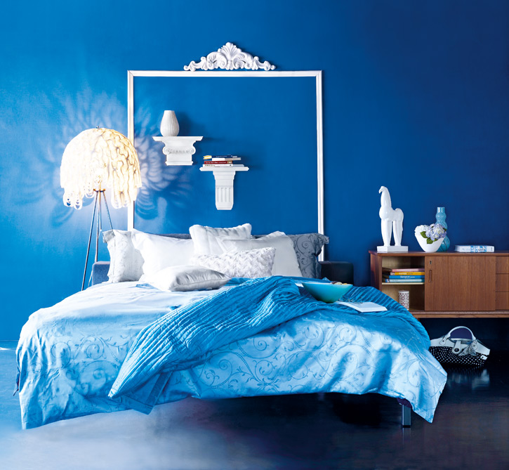http://freshome.com/wp-content/uploads/2010/10/blue-decor_bedroom.jpg