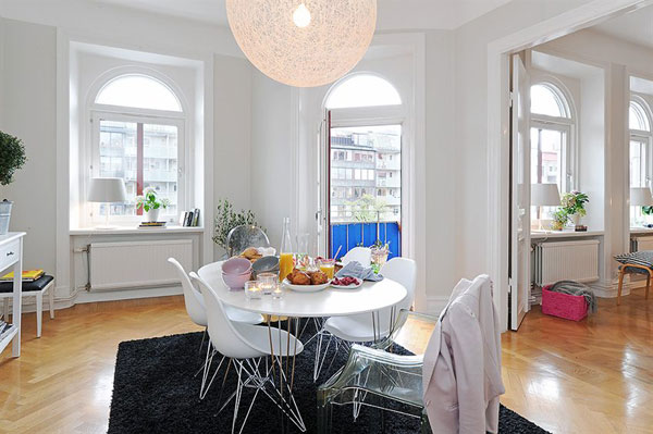 Charming and Bright Apartment with a Homey Feel