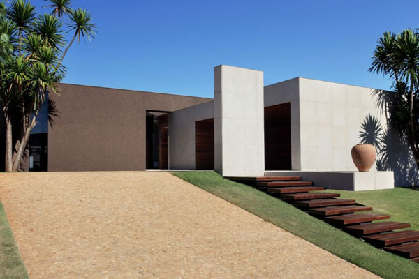 Minimalist Contemporary Home With Amazing Interiors Om House