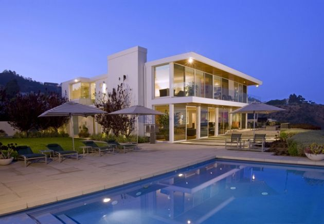 Porter residence Freshome Glamorous Villa on the Hills of Los Angeles with an Amazing View