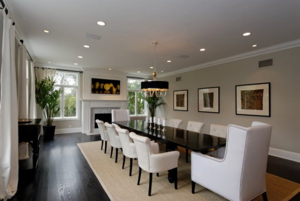 How To Choose The Perfect Area Rug For Your Dining Room Freshomecom - Dining-room-rug-design