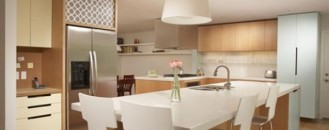 How to Choose Seating for your Kitchen Island