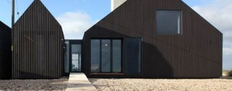 Inviting Holiday Home by the Beach: The Shingle House in England