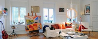Colorful and Spacious Apartment Perfect for Having Friends Over