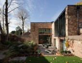 gorgeous modern house with strong visual impact 170x130 Gorgeous Sculptural Geometric Family Home in Singapore