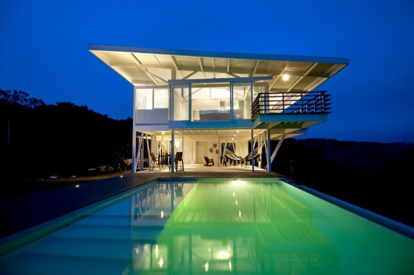 Iseami House by Robles Arquitectos 8 Think Green: 10 Best Sustainable Homes of 2010