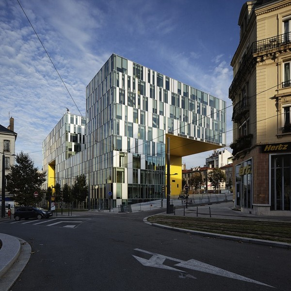 LaCitedesAffairesManuelleGautrand2 Imposing Aztec Serpent Office Building in France