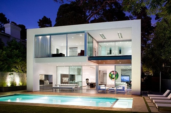 kent 24th back Energy and Art in a Fabulous Contemporary Pool Home