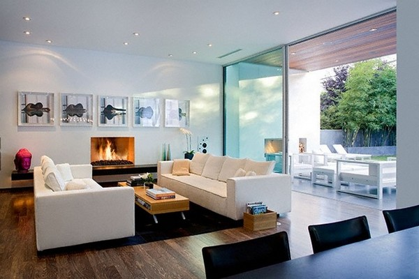 kent 24th liv Energy and Art in a Fabulous Contemporary Pool Home