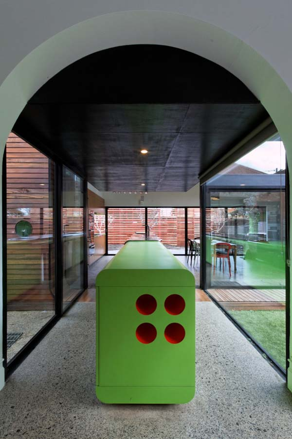mash house 11 Surprising and Dynamic Transformation of a Victorian Residence