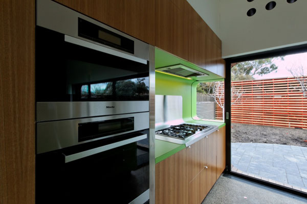 mash house 17 Surprising and Dynamic Transformation of a Victorian Residence