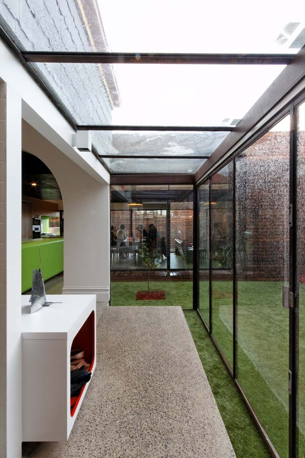 mash house 9 Surprising and Dynamic Transformation of a Victorian Residence