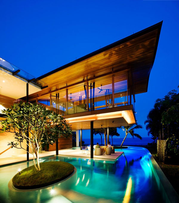 no 1 2010 Freshome residence 10 Most Interesting Architecture Projects of 2010
